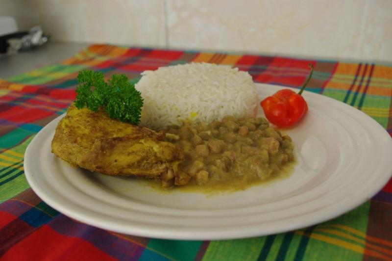un classique de notre carte de traiteur antillais et runionnais la carte du poulet - Traiteur Mariage Guadeloupe